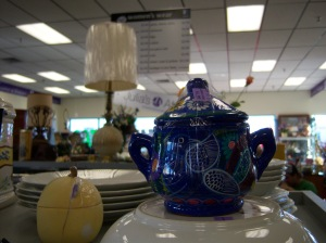 Photo of hand-painted Mexican sugar bowl for $4.99.