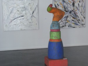 Photo of Susan Budge sculpture at Galeria Ortiz.